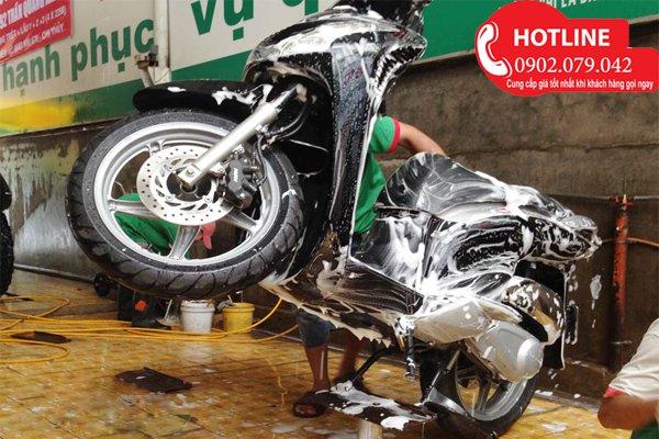 Ben rửa xe gắn máy